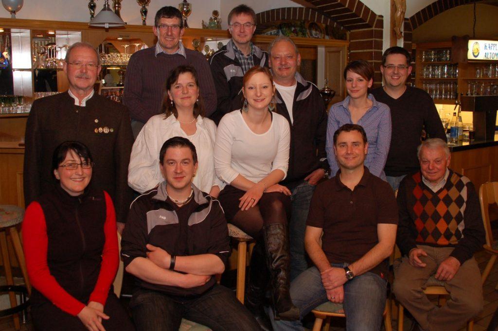 Neue Vorstandschaft mit Beirat ab 2012
